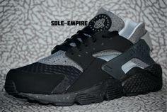 Nike Air Huarache Run SE 852628-001 Black Wolf Grey Size 8.5 Men NEW IN BOX