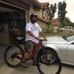 Nate from our PB store got Dave T rolling on his new Hightower #santacruzbikes #bike #bicycle #mtnbike