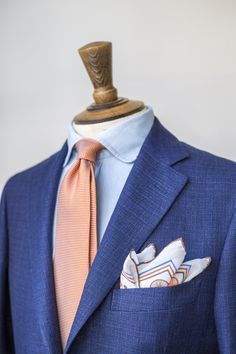 """lparisianistes: """" drakes-diary: """"Drake's Spring-Summer """" Read More """" Mens Office Fashion, Suit Fashion, Mens Fashion, Girl Fashion, Blazers, Best Dressed Man, Smart Outfit, Tailored Suits, Suit And Tie"""