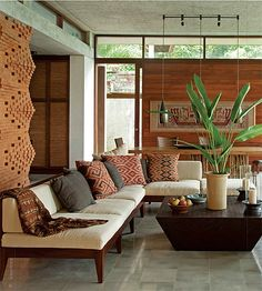 If you want the atmosphere of the living room with exotic ethnic touches, this example of interior decoration can be an ideas for your residence. Balinese Interior, Balinese Decor, Interior Modern, Indonesian Decor, Modern Decor, Style At Home, Living Room Decor, Living Spaces, Living Area