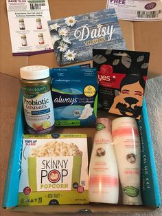 #Influenster Daisy Voxbox! Love these free samples. Perfect to try something new and set up a self-care night. Taking my gummies, washing my hair, throwing on this detox face mask and popping my Skinny Pop popcorn. All received free just to try.