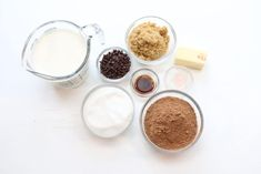 This is the Best Homemade Hot Fudge Recipe you will ever need. One taste and you will be addicted. Hot Chocolate Sauce, Chocolate Syrup, Fudge Recipes, Dessert Recipes, Desserts, Homemade Hot Fudge, Ice Cream Toppings, Canning Jars, Learn To Cook