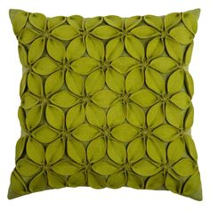 Bring natural appeal into your home with this floral inspired Rizzy Home applique felt leaves throw pillow. Green Throw Pillows, Toss Pillows, Accent Pillows, Lime Green Cushions, Throw Cushions, Diy Pillows, Canadian Smocking, Smocking Patterns, Smocking Baby