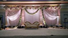 : Stage decoration ideas with flowers Stunning wedding stage decoration ideas. WOW images for stage decoration for wedding by Flower decorators. Simple Stage Decorations, Engagement Stage Decoration, Wedding Hall Decorations, Marriage Decoration, Decor Wedding, Wedding Halls, Flowers Decoration, Indian Wedding Stage, Wedding Stage Design