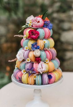 Love bold and playful details? This styled shoot is filled with bright wedding color ideas to inspire anyone. Wedding Desserts, Fun Desserts, Wedding Cakes, Chocolate Dipped Pretzels, Chocolate Bark, Order Ice Cream, Bright Wedding Colors, Wedding Cake Alternatives, White Cakes
