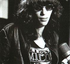 Joey Ramone / Trash & Vaudeville