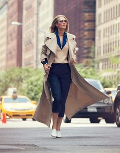 TONI GARRN DESLUMBRA NOS LOOKS DA THE EDIT AGOSTO 2016  Fragmentos de Moda