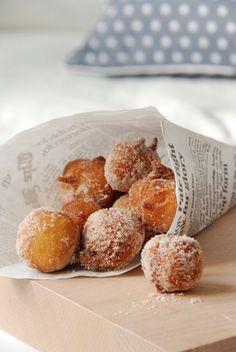 Zimtbällchen in 15 Minuten (Baking Desserts Diy) Fudge Caramel, Delicious Desserts, Yummy Food, Desserts Diy, Baking Desserts, Yummy Snacks, Sweet Bakery, No Bake Cake, Baking Recipes