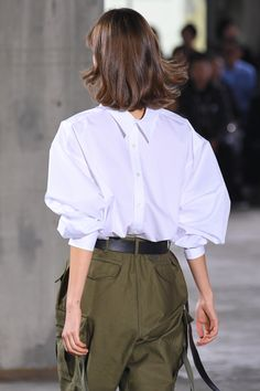 Look at this trendy simple casual fashion women Fashion Images, Look Fashion, Diy Fashion, Retro Fashion, Fashion Outfits, Womens Fashion, Fashion Tips, Fashion Design, Fashion Trends