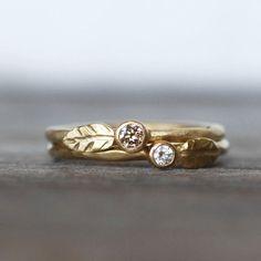 Chocolate Diamond and Gold Wedding Ring 18k Leaf by LilianGinebra