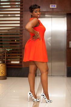 http://www.vestidosonline.com.br/modelos-de-vestidos/vestidos-gordinhas