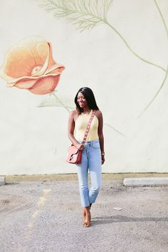 Looking for a new way to wear your cropped flare jeans? Philly style blogger Alicia Tenise teams up with Madewell for outfit inspiration!