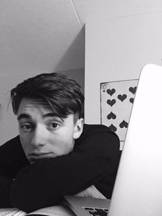 You look so hot babe 💞 Greyson Chance