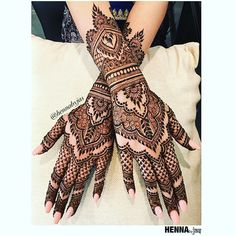 Henna by Jas. Shabnams bridal henna .____________________________. Offering FREE consultations for all brides getting married in 2018! Contact via e-mail text or phone for ALL 2018 Available Henna Dates! For all enquiries Call/Text:778.789.3366 or E-mail: hennabyjas@gmail.com . #hennabyjas #henna #hennaparty #indianweddings #indian #sikhweddings #mendhi #bridalmendhi #vancouverhenna #hennalookbook #mehndi #hennatattoo #hudabeauty #dollhousedubai #hennapro #hennainspire #wakeupandmakeup…