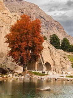 Tāq-e Bostān(طاق بستان). The rock relief of Sasanian. Kermānshāh, Iran/Persia. #irantravelingcenter #iranvisa #iranhotels