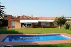 Ein gemütliche, Spanische, leerstehende Villa mit privatem Schwimmbad in der Nähe von Sant Feliu de Guixols.