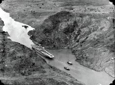 Aircraft carrier USS Saratoga passing through the Panama Canal, date unknown.