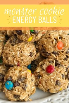 Monster cookie energy balls are a great afternoon energy boost or perfect for an after school snack. Hearty oats chocolate chips peanut butter honey and m&ms make these energy balls so delicious and fun. Sweets Recipes, Snack Recipes, Recipes Dinner, Yummy Recipes, Recipies, Catering Food Displays, Fitness Models, Peanut Butter Desserts, Food Stations