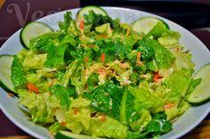 Salada com Molho Cremoso de Cúrcuma