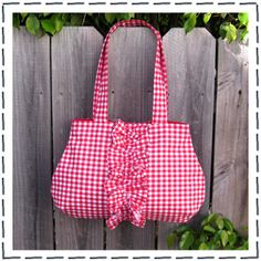 $6 All the Frills Tote Bag Sewing Pattern (Download)
