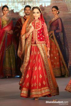 Hindi Events Royal Fables Dinner & Fashion Show 2014 Photo gallery Designer Bridal Lehenga, Indian Bridal Lehenga, Indian Bridal Wear, Indian Wedding Outfits, Indian Outfits, Designer Lehanga, Bride Indian, Pakistani Bridal, Designer Dresses