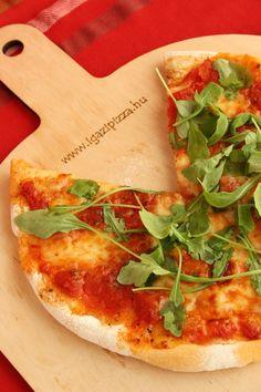 pizzakövön sült pizza
