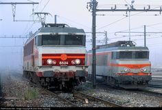 http://www.railpictures.net. Beautiful eletric locomotive SNCF CC6524 and BB7354. Ambérieu France by J-M. Frybourg Oct 1999