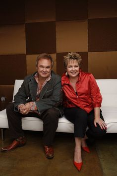 Jeff and Sheri Easter: Their music just speaks to me.  Beautiful people.
