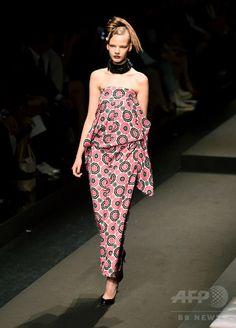 「ヨシキモノ」17年春夏、ずぶ濡れの着物で観客を魅了
