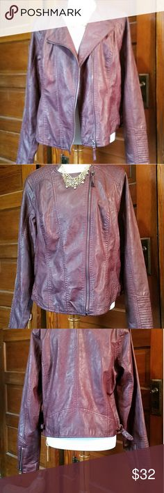 """Maurice's Burgundy faux Leather Moto Jacket. Sz 1 Maurice's Burgundy Moto Jacket Sz 1 Polyester Full Zip  Buckles on sides  Zip on Sleeves  Shoulder to hem is 25"""" Sleeves 26"""" Maurice's Jackets & Coats"""