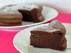 チョコレートのおいしさを味わうガトーショコラ
