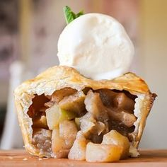 PIE. | 31 Unbelievable Desserts That Will Make You Instantly Hangry