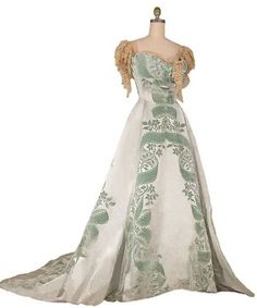 Fashions by the House of Worth (1905)  I am completely in love with this gown
