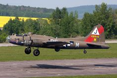 """Association Forteresse Toujours Volante Boeing Flying Fortress F-AZDX """"Pink Lady"""". Milovice LKML, Czech Republic, May 1 Pink Lady, Ww2 Aircraft, Military Aircraft, American Air, Contemporary Photographers, Jet Plane, World War Ii, Wwii, Fighter Jets"""