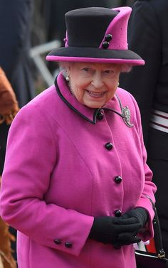 Britain's Queen Elizabeth arrives to view an exhibition on Fiji at the Sainsbury Centre for Visual Arts, University of East Anglia in Norwich University Of East Anglia, Visit Fiji, South Pacific, Visual Arts, Queen Elizabeth, Riding Helmets, Centre, British, Coat