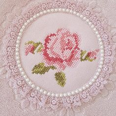 Beaded Cross Stitch, Cross Stitch Rose, Cross Stitch Animals, Cross Stitch Flowers, Crewel Embroidery, Cross Stitch Embroidery, Embroidery Designs, Cross Stitch Designs, Cross Stitch Patterns