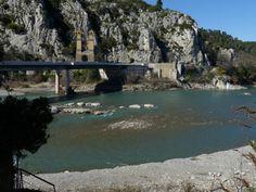 Brücke über die Durance - wie wir finden einer der schönsten Flüsse in der Provence.   #Provence #Aroma #Olivenoel #Onlineshop #Forcalquier #Naturkosmetik