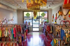 More great shop photo examples. If you're proud of the way your store looks, then show it off! This blogger did a better job of showing off this great children's consignment shop than the shop's site itself.