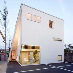 shiro white house Interesting White Building : Shiro by 1980/Takuya Hosokai + Hiromasa Mori