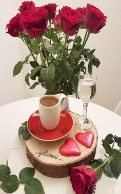 Coffee Latte Art, Coffee Love, Black Coffee, V60 Coffee, Iced Coffee, Coffee Cups, Montreal Botanical Garden, Good Morning Coffee, Breakfast Tea