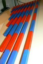 MATEMATIKA Červenomodré sčítací tyče - určené pro představu velikosti počtu čísla, pro sčítání, odčítání. A také různé obrazce lze z nich sestavit. Montessori, Dom, Outdoor Decor