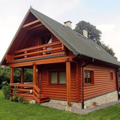 An elegant small family wooden house which is both solid and beautful built by Biuro Projektów MTM Styl - domywstylu. Cabin Homes, Log Homes, Style At Home, Tiny House Village, Woodland House, Prefab Cabins, Cottage Style Homes, Cabins And Cottages, Stone Houses