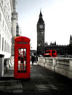 #London black, white and red - una pic di plau