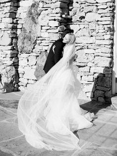 A slice of Italy in Missouri: An intimate wedding with a grand View | Missouri Real Weddings - ERIN WILSON PHOTOGRAPHY | Magnolia Rouge: Fine Art Wedding Blog | Romantic Wedding Photos | Wedding Dresses | Elegant Wedding