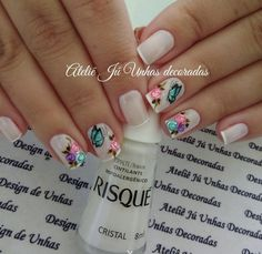 As melhores decorações de Unhas artísticas para 2017 en 2020 Nail Art Noel, Magic Nails, Dream Nails, Nail Studio, Gel Nail Designs, Nail Decorations, Stylish Nails, Flower Nails, Beautiful Nail Art