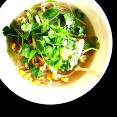 風邪ひいたかなぁ〜…咳が出て辛いので、簡単に。 - 55件のもぐもぐ - Phở gà  フォー・ガー 鳥肉のフォー by centralfields