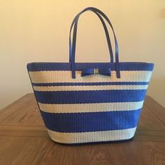 "Kate Spade Blue & White Stripe Tote ✨Kate Spade Blue & White Stripe Straw Tote✨W 22"" x H 13 1/2"" Drop is 10"" kate spade Bags Totes"