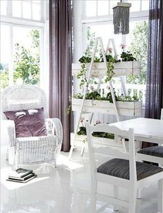 Modern shabby chic decor. Eagle by Yellow Hills St - http://myshabbychicdecor.com/modern-shabby-chic-decor-eagle-by-yellow-hills-st-2/
