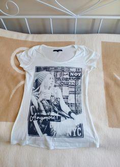 Kup mój przedmiot na #vintedpl http://www.vinted.pl/damska-odziez/koszulki-z-krotkim-rekawem-t-shirty/12251497-bluzka-t-shirt-bialy-z-szarym-nadrukiem