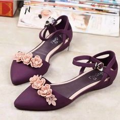 2016 new handmade luxury top genuine leather rhinestone Flats female fashion st . Fancy Shoes, Pretty Shoes, Crazy Shoes, Beautiful Shoes, Cute Shoes, Me Too Shoes, Bridal Shoes, Wedding Shoes, Shoes Heels Wedges